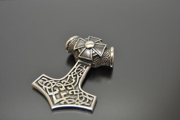 Thors Hammer Eisernes Kreuz
