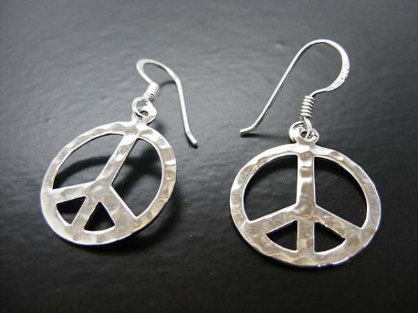 """Ohrhänger """"Peace"""" gehämmert"""